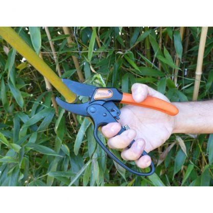 GARTEN PRIMUS Ratchet Pruner 1010 – Nožnice záhradnícke kovadlinkové